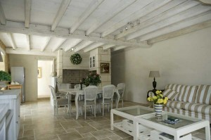 rent gite with pool in the dordogne