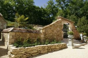 Piscine Pool entrance